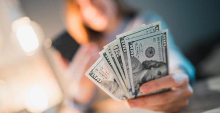datorii oameni bogati